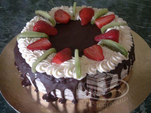 Торт Спартак с фруктами