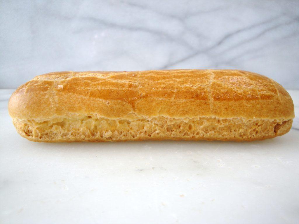 Трещины по дну и нижней боковой части | Секреты идеальных эклеров | Блог | Торт на заказ от Натали