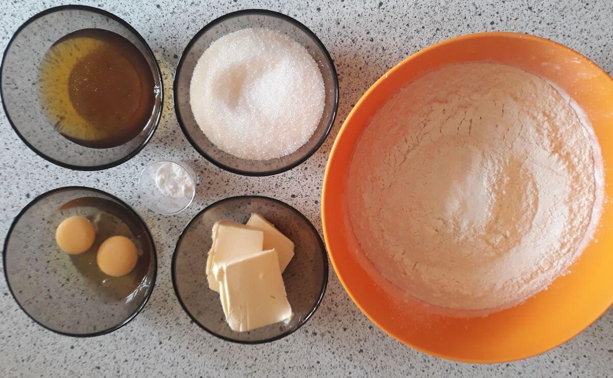 Тесто для медовика | Медовик во Львове