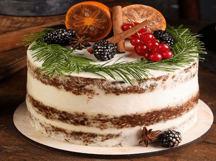 Декор торта на Новый год с веточками елки | Торт на заказ во Львове