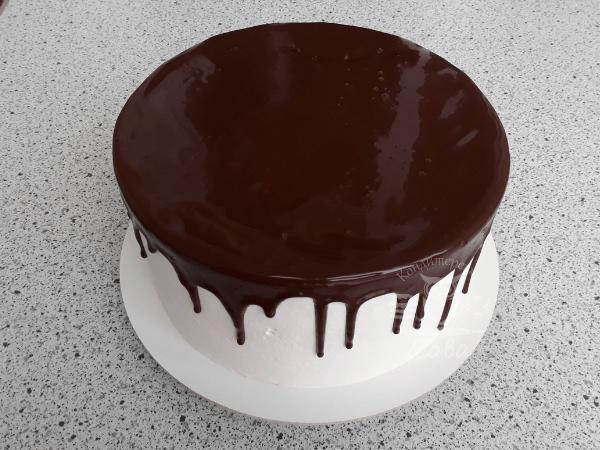 Делаем шоколадные потеки для торта Шварцвальд | рецепт