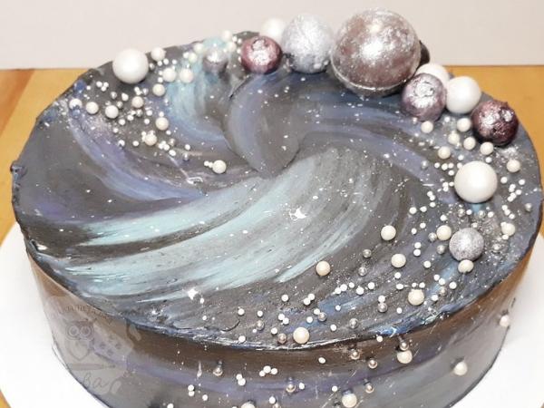 Минималистичный декор торта для мужчины | Торт на заказ во Львове