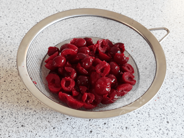 Коржи Пьяная вишня - рецепт | Торт на заказ Львов