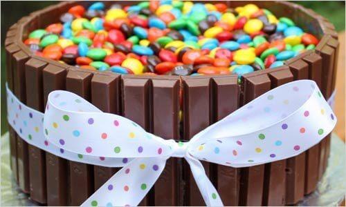 Декор торта конфетами | Торт на заказ во Львове