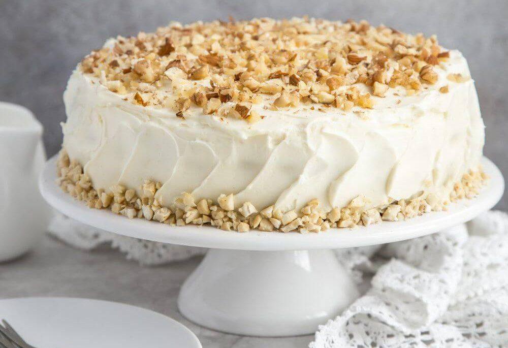 Декор торта орехами | Торт на заказ во Львове
