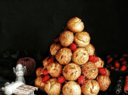 Профитроли и крокембуш на Новый год | Торт на заказ во Львове