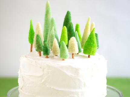 Декор торта на Новый год елочками | Торт на заказ во Львове